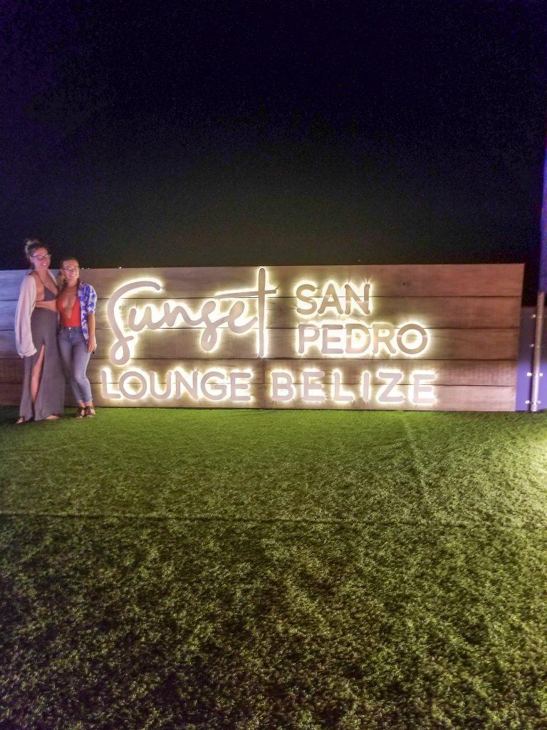 Sunset lounge Bar in San Pedro