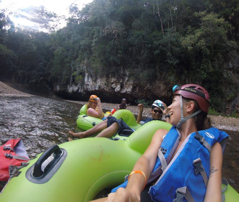 Cave tubing-Drift Inn Belize