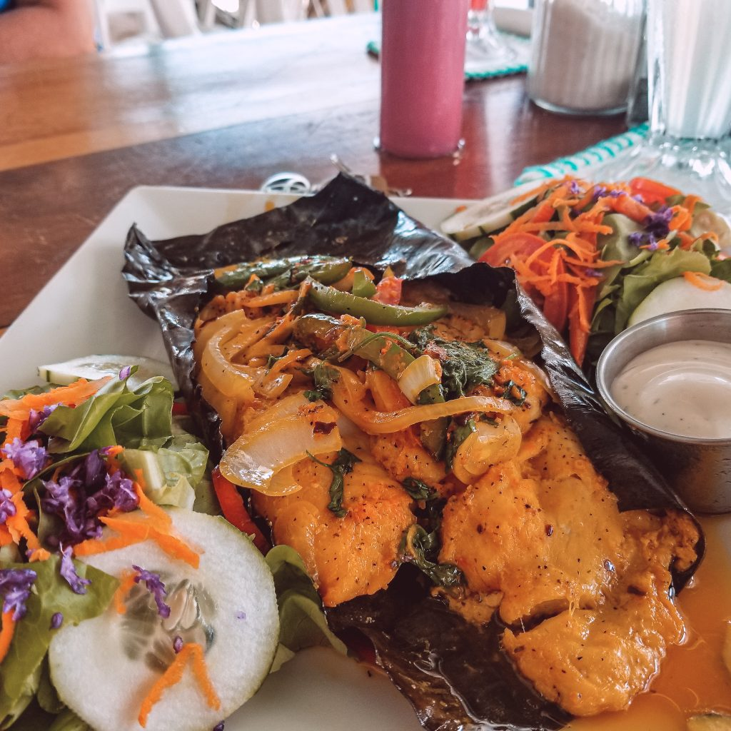 delicious-seafood-dinner-at-top-restaurant-in-san-pedro-belize